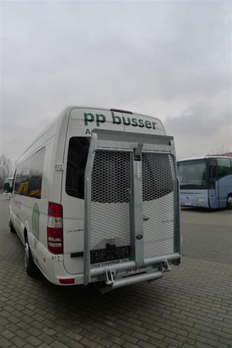 P1400667-min